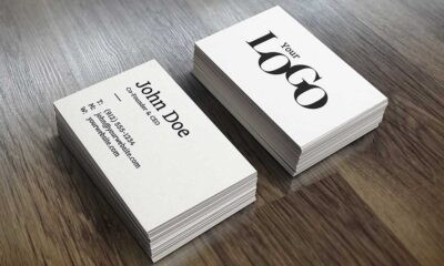 free-Realistic-Business-Card-Mock-Up-www.mockuphill.com